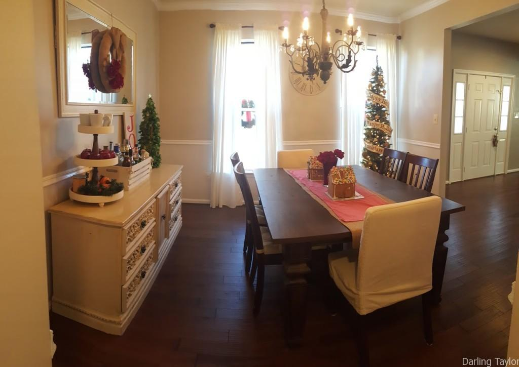 Darling Taylor Holiday Home Tour 2015 - Dining Room