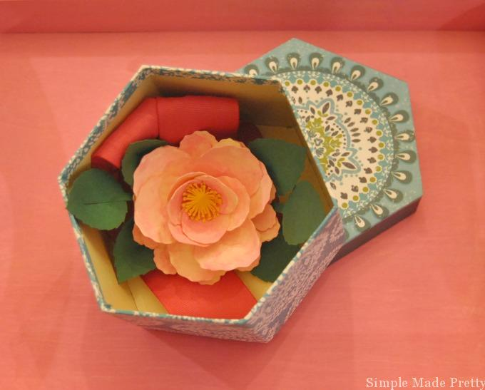 Handmade mothers day paper flower corsage in 5 easy steps simple flower corsage mightylinksfo