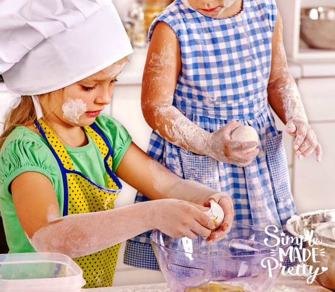 These quick and easy recipes were perfect for my kids to start learning how to cook! Kids cooking class | kids learning to cook | kids cooking recipes | easy recipes for kids to make | easy recipes for kids to make for dinner | lunch box recipes | easy recipes for kids to make at school lunch boxes | recipes for kids to cook | Easy meals kids can cook
