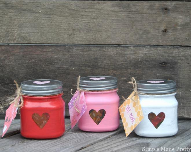 Here are some DIY Valentine Treat Jars using American Greetings Valentine's Day Products! DIY Valentine's Day gift, Romantic Valentine's Day gift, Free Printable Valentine, Printable Valentine tags, Printable Valentine Cards, American Greetings