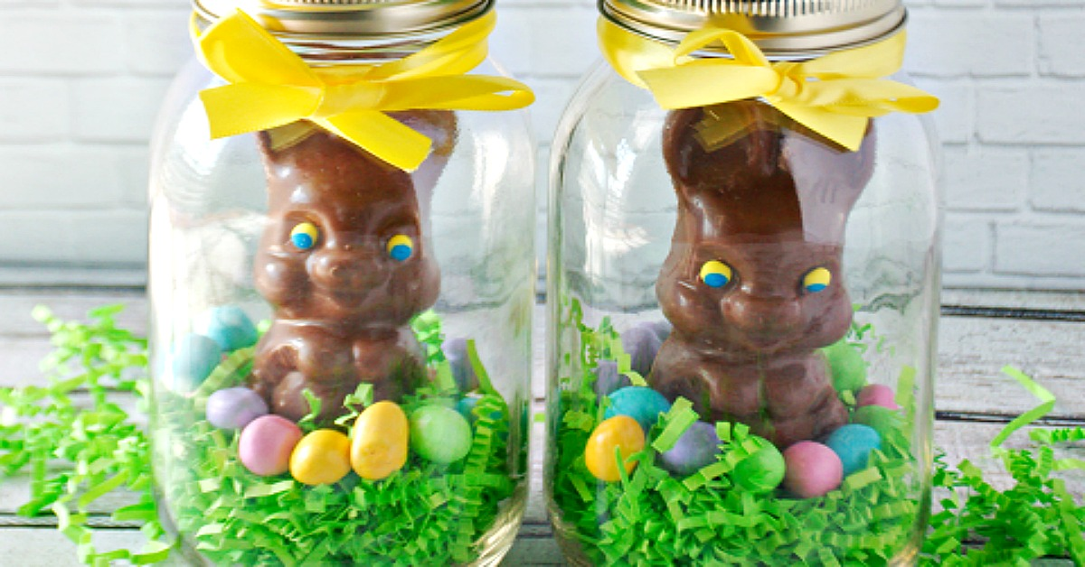 Check out these 40 DIY Dollar Store Easter Gift Ideas so you can save some money on Easter gift ideas, easter basket gift ideas, easter basket DIY gifts, DIY Easter basket gifts, dollar store easter gifts, Dollar Store Easter basket ideas,Dollar Store Easter crafts tutorial, dollar store easter basket ideas children, simple Easter basket ideas, Easter basket ideas DIY, creative Easter basket ideas, how to make Easter baskets, toddler Easter basket ideas #5minutecrafts.