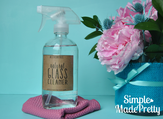 Get the printable label for this natural homemade glass cleaner. Stop using or buying Windex loaded with chemicals and save a ton of money by making your own glass cleaner!