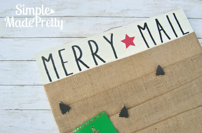This Christmas card display decor idea is cheap and easy to DIY