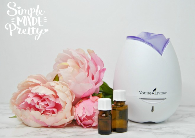I love these DIY ideas to make your home smell good using essential oils! Learn how to make your own all-natural products to remove toxins from your home with these essential oils recipes! Essential oils for beginners | Essential oils hacks | Essential oils Young Living | Essential oils Diffuser