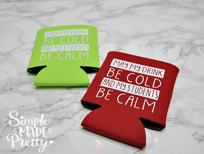 This teacher appreciation gift idea is awesome! Who doesn't love koozies? Teacher end of school gift ideas | Cricut Explore Crafts | Cricut iron-on crafts | Cricut Easy Press | teacher ideas | teacher appreciation week