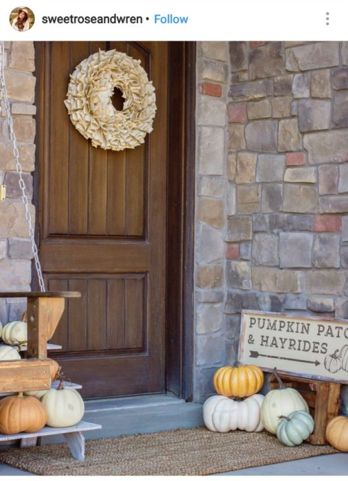fall porch decorations | fall porch decorating | fall porch decorating ideas | fall porch ideas | fall outdoor decorating | outdoor fall decor | outdoor fall decorations |fall porch decor ideas pinterest