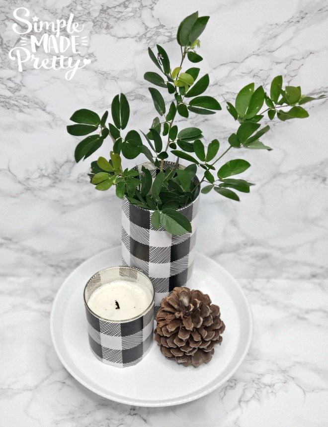Learn how to make these DIY Dollar Store Buffalo Plaid Vases to instantly update your Fall decor. buffalo plaid baby shower ideas, buffalo plaid decor, buffalo plaid Christmas, buffalo check Fall decor, buffalo check Christmas decorations, buffalo check Christmas black and white, buffalo plaid decor black and white #5minutecrafts #dollarstorecrafts #buffaloplaiddecor