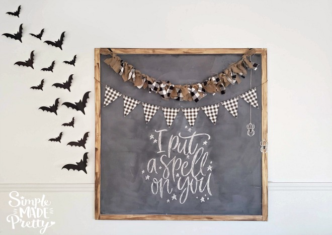 This Halloween Banner and Halloween home decor is so easy to make and you can find supplies at the dollar store. I love her free printbales, including this buffalo plaid banner!