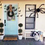 Simple Halloween Front Porch Decor