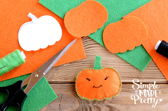 Dollar Store DIY, Dollar Store crafts, Thanksgiving crafts for kids easy, These Dollar Store Thanksgiving crafts DIY ideas are perfect activities to add to your Fall bucket list. These ideas are perfect for Dollar Store Thanksgiving crafts for kindergartners. Thanksgiving crafts DIY, Thanksgiving decorations, Thanksgiving craft ideas, Thanksgiving kids craft easy #DollarStoreThanksgivingcrafts #thanksgivingkidscrafts