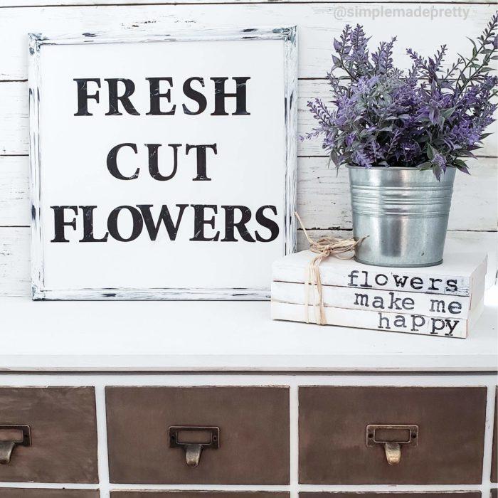 Fresh Cut Flowers Sign