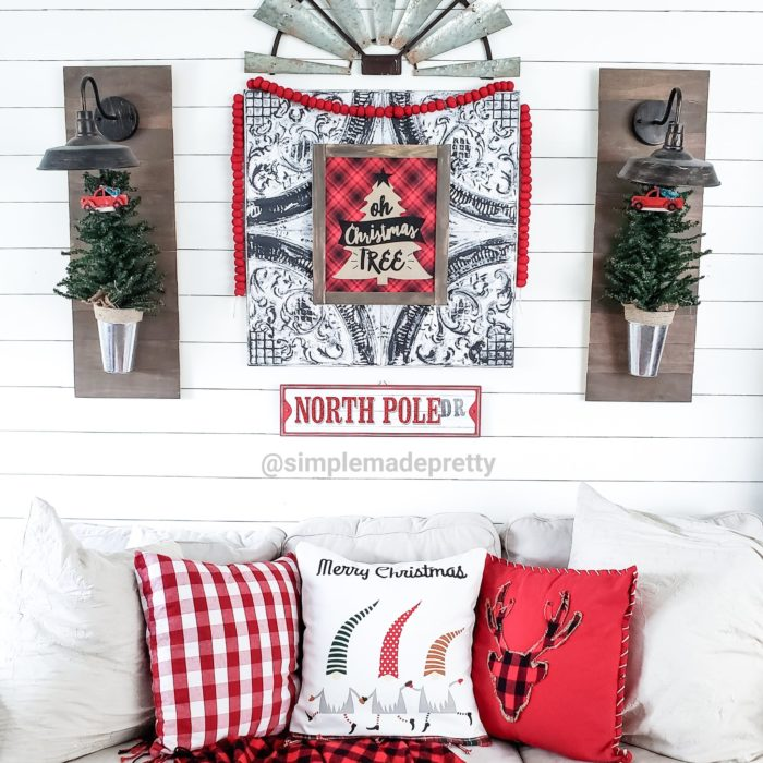 small space christmas decor farmhouse