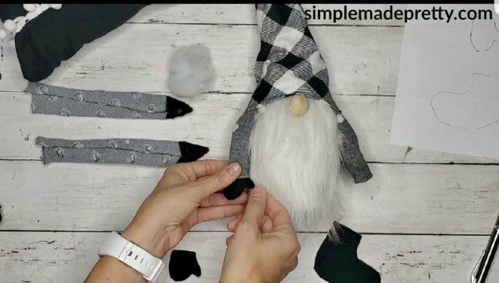 gnome mitten template