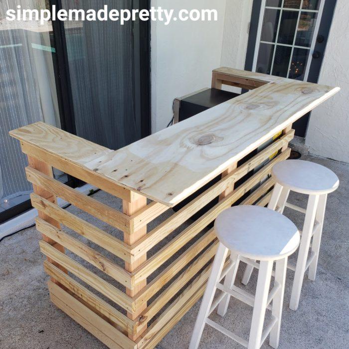 DIY quick outdoor bar