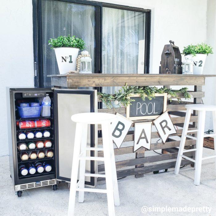 Outdoor bar with fridge