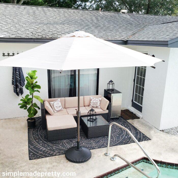 Swimming pool furniture ideas