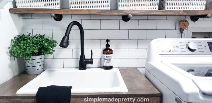 farmhouse sink black faucet