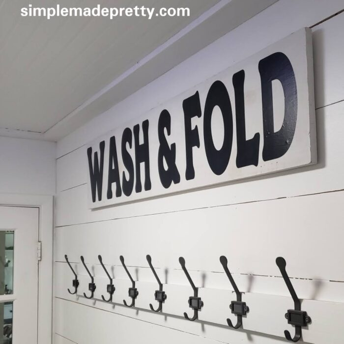 wash and fold sign laundry