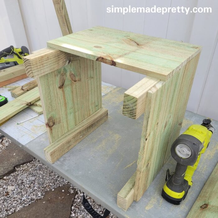 fence board planter boxes diy