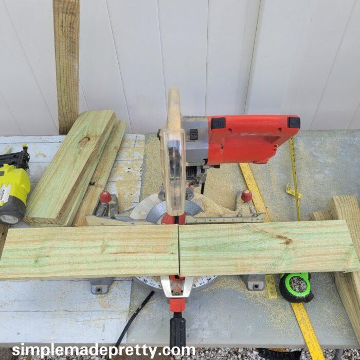 make fence board planter boxes
