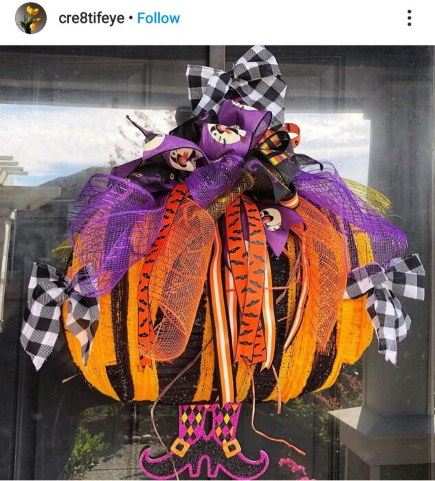 Halloween pumpkin wreath form
