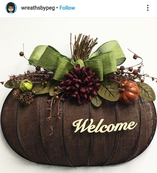 Pumpkin Wreath Form Brown