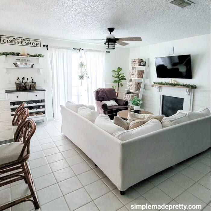 family room summer decor