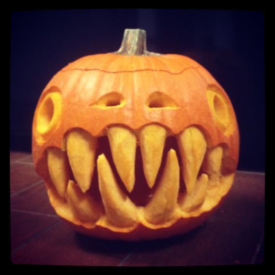 Halloween Pumpkin Carving Sharp Teeth