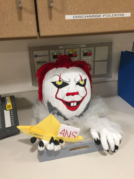 Pennywise Halloween Pumpkin Carving Ideas